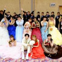 ドレスファッションショーを開催しました!